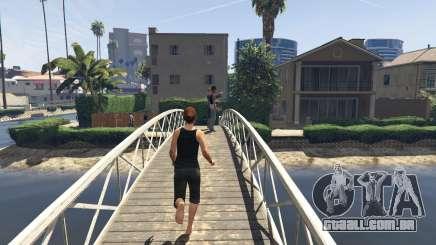 A bomba da resistência em GTA 5 online