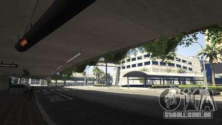 Chegada no aeroporto de GTA 5
