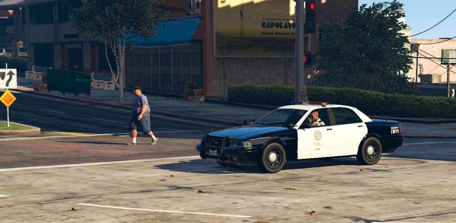 Como a polícia em GTA 5