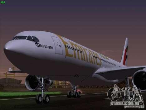 Airbus A330-200 Emirates para GTA San Andreas vista traseira