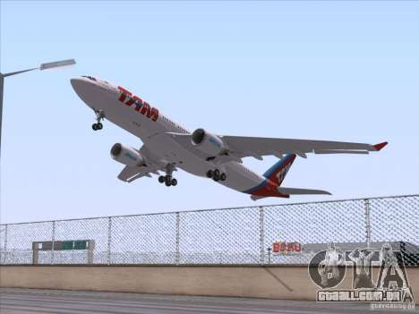 Airbus A330-223 TAM Airlines para GTA San Andreas vista direita