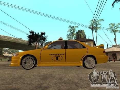 Toyota Camry TAXI para GTA San Andreas esquerda vista