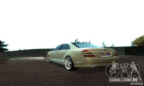 Mercedes-Benz S500 W221 Brabus para GTA San Andreas vista traseira