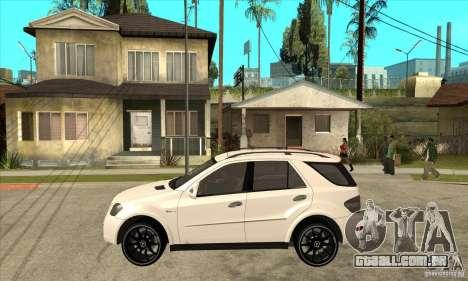 Mercedes-Benz ML 63 para GTA San Andreas esquerda vista