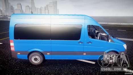 Mercedes-Benz ASM Sprinter Ambulance para GTA 4 vista lateral
