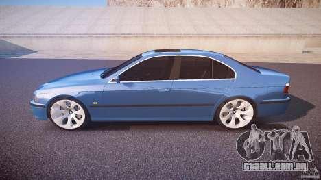 BMW 530I E39 e63 white wheels para GTA 4 esquerda vista