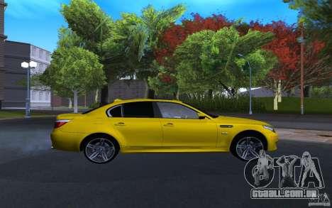 BMW M5 Gold Edition para GTA San Andreas vista direita