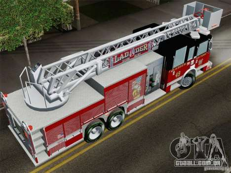 Pierce Rear Mount SFFD Ladder 49 para GTA San Andreas vista traseira