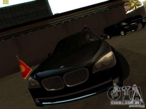 BMW 750Li para GTA San Andreas traseira esquerda vista