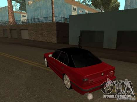 BMW 540i E34 para GTA San Andreas vista direita