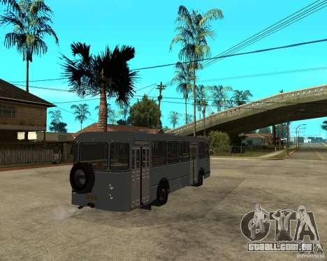LIAZ 677 para GTA San Andreas traseira esquerda vista