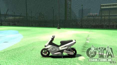 Gilera runner 50 SP Without livery para GTA 4 esquerda vista