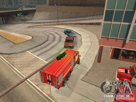 ZIL Firetruck para GTA San Andreas vista direita
