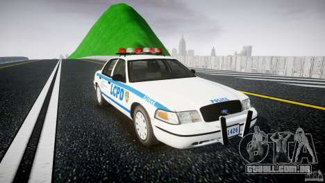 Ford Crown Victoria Police Department 2008 LCPD para GTA 4 vista direita
