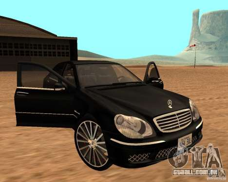 Mercedes-Benz S65 AMG W220 para GTA San Andreas vista direita