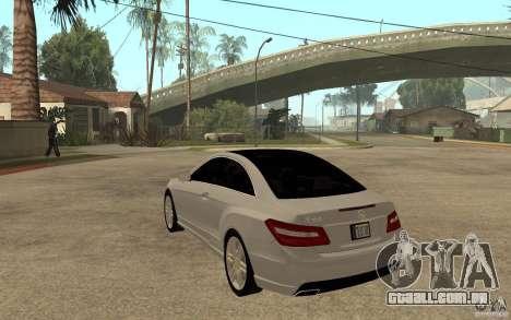 Mercedes Benz E-CLASS Coupe para GTA San Andreas traseira esquerda vista