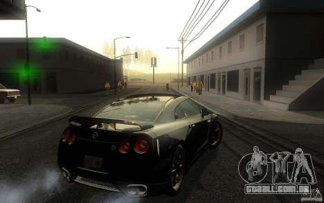Nissan GTR R35 Spec-V 2010 para GTA San Andreas vista direita