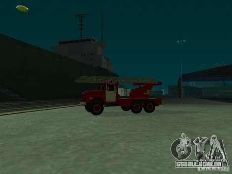 ZIL 131 Al-30 para GTA San Andreas esquerda vista