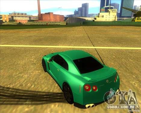 Nissan GT-R para GTA San Andreas esquerda vista