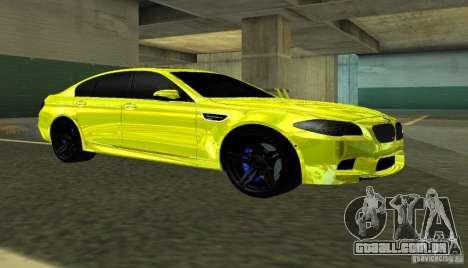 BMW M5 F10 Gold para GTA San Andreas esquerda vista
