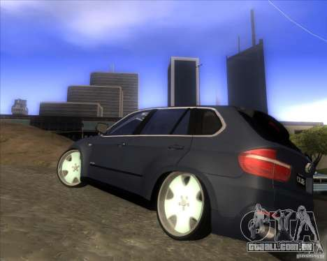 BMW X5 dubstore para GTA San Andreas traseira esquerda vista