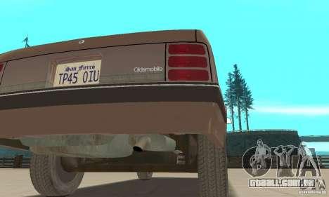 Oldsmobile Cutlass Ciera 1993 para GTA San Andreas vista superior
