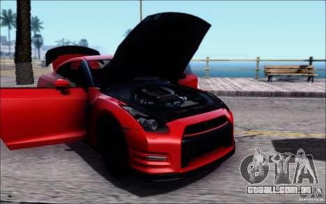 Nissan GTR 2011 Egoist (versão com sujeira) para GTA San Andreas traseira esquerda vista