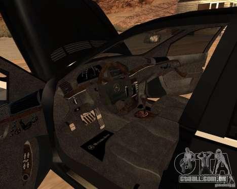 Mercedes-Benz S65 AMG W220 para GTA San Andreas traseira esquerda vista