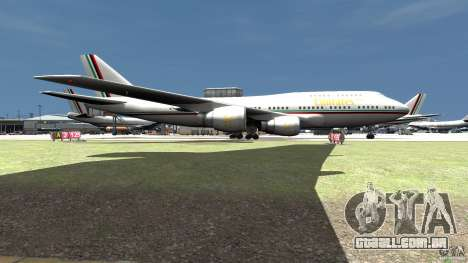 Real Emirates Airplane Skins Flagge para GTA 4 traseira esquerda vista