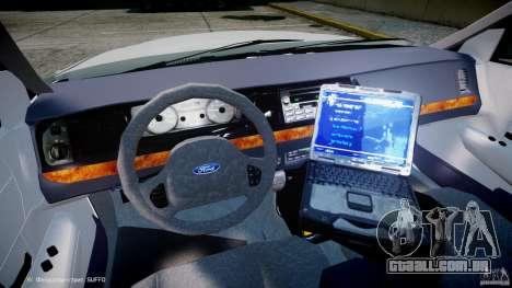 Ford Crown Victoria NYPD para GTA 4 vista de volta