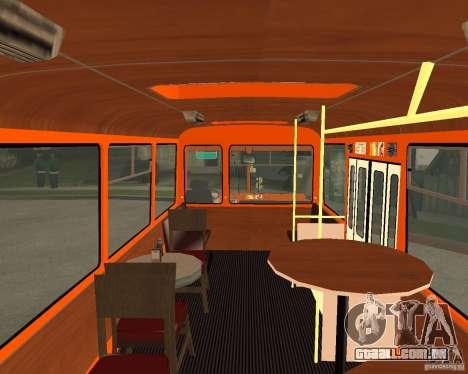 LIAZ-677 (momento de Café) para GTA San Andreas traseira esquerda vista
