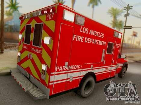 Dodge Ram 1500 LAFD Paramedic para GTA San Andreas vista direita