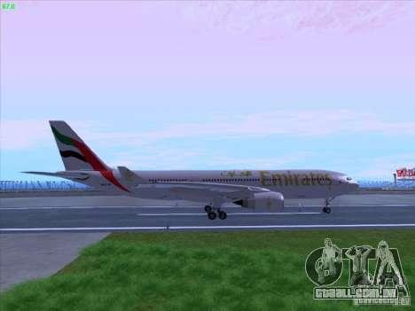 Airbus A330-200 Emirates para GTA San Andreas esquerda vista