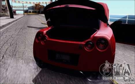 Nissan GTR 2011 Egoist (versão com sujeira) para GTA San Andreas vista direita