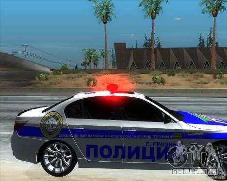 BMW M5 E60 polícia para GTA San Andreas vista direita