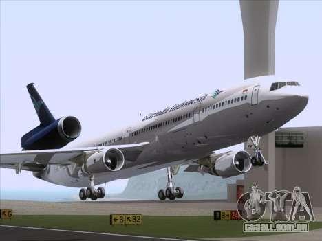 McDonnell Douglas MD-11 Garuda Indonesia para GTA San Andreas esquerda vista
