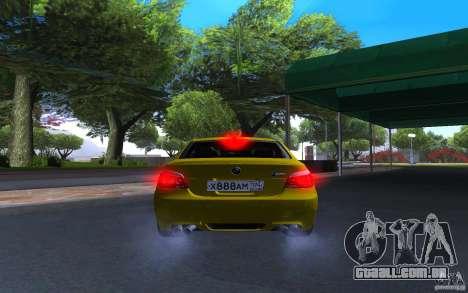 BMW M5 Gold Edition para GTA San Andreas vista traseira