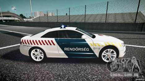 Audi S5 Hungarian Police Car white body para GTA 4 vista interior