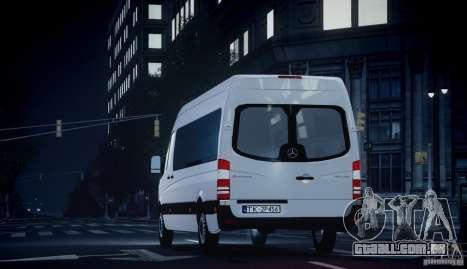 Mercedes-Benz Sprinter Long para GTA 4 vista direita