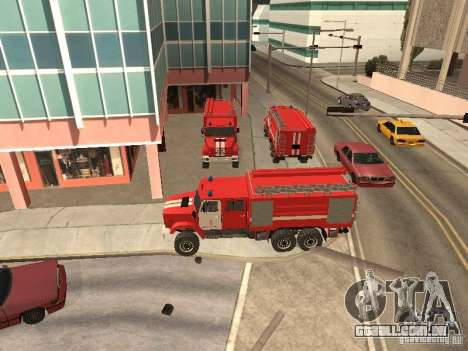 ZIL Firetruck para GTA San Andreas esquerda vista