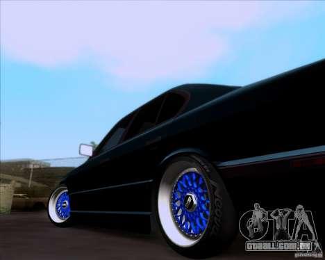 BMW 5-er E34 para GTA San Andreas vista traseira