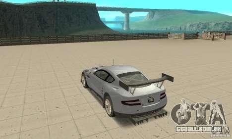 Aston Martin DBR9 (v1.0.0) para GTA San Andreas traseira esquerda vista