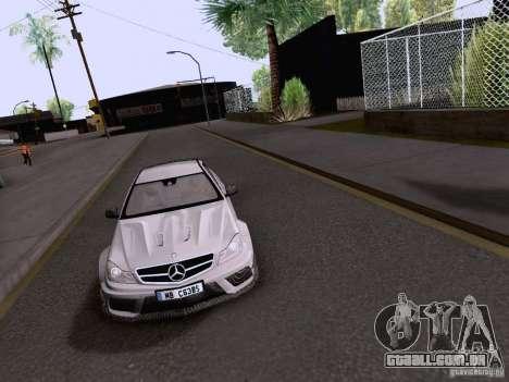 Mercedes-Benz C63 AMG Coupe Black Series para GTA San Andreas vista direita