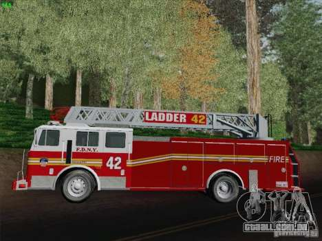 Seagrave Ladder 42 para GTA San Andreas vista interior