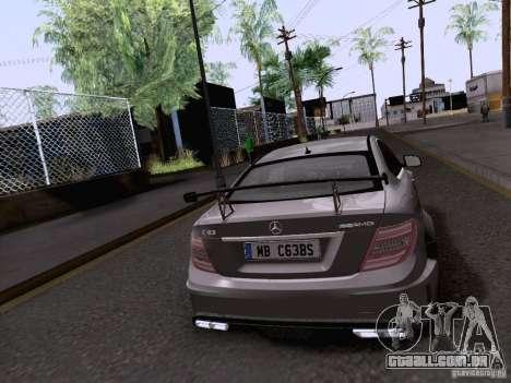 Mercedes-Benz C63 AMG Coupe Black Series para GTA San Andreas esquerda vista