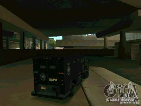 Stokade SAPD SWAT Van para GTA San Andreas vista direita