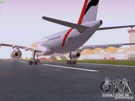 Airbus A330-200 Emirates para GTA San Andreas vista direita