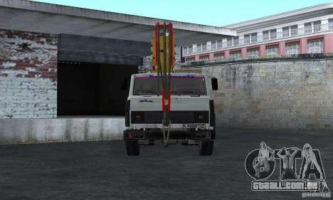 MAZ caminhão guindaste para GTA San Andreas vista direita