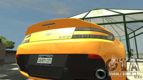 Aston Martin V12 Vantage 2010 para GTA 4 vista de volta