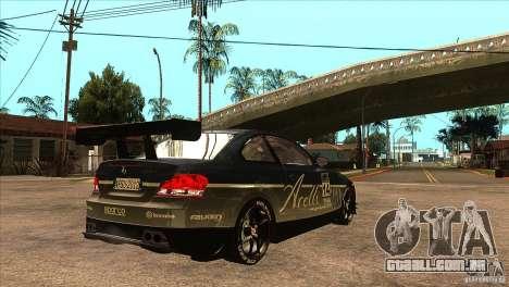 BMW 135i Coupe GP Edition Skin 3 para GTA San Andreas vista direita